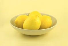 λεμόνια καλά Στοκ Φωτογραφίες