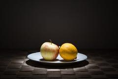 λεμόνι μήλων στοκ φωτογραφία με δικαίωμα ελεύθερης χρήσης