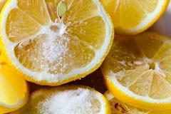 Λεμόνι με τη ζάχαρη Στοκ φωτογραφίες με δικαίωμα ελεύθερης χρήσης