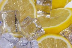Λεμόνι με τον πάγο Στοκ φωτογραφίες με δικαίωμα ελεύθερης χρήσης