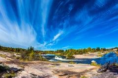 Λεπτά πετώντας σύννεφα Στοκ Εικόνα