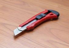 Λεπτές λεπίδες ανοιχτηριών μαχαιριών εγγράφου που κόβουν και πλαστικό Στοκ Εικόνα