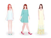 Λεπτές και παχιές γυναίκες μόδας που φορούν τα φορέματα Στοκ Φωτογραφίες