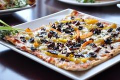 λεπτή ιταλική πίτσα Στοκ φωτογραφία με δικαίωμα ελεύθερης χρήσης