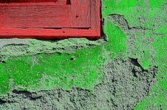 λεπτομέρειας παλαιό παράθυρο τοίχων μερών κόκκινο Στοκ Εικόνες
