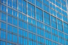 Λεπτομέρεια ενός κτιρίου γραφείων Στοκ Εικόνες