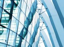 Λεπτομέρεια ενός σύγχρονου κτηρίου φιαγμένου από γυαλί Στοκ εικόνα με δικαίωμα ελεύθερης χρήσης