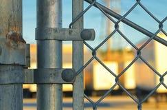 Λεπτομέρεια ενός φράκτη συνδέσεων αλυσίδων στοκ εικόνες με δικαίωμα ελεύθερης χρήσης