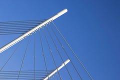 Λεπτομέρεια μιας δομής γεφυρών που δημιουργεί ένα γεωμετρικό αφηρημένο compo Στοκ Εικόνα