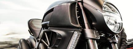 Λεπτομέρεια μοτοσικλετών με το βλέμμα, dragster μοτοσικλέτα από την Ιταλία στοκ εικόνες