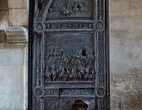 Λεπτομέρεια πορτών χαλκού Castel Nuovo, Maschio Angioino της Νάπολης Στοκ φωτογραφία με δικαίωμα ελεύθερης χρήσης