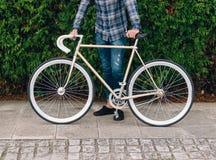 Λεπτομέρεια ποδηλάτων Fixie το φθινόπωρο υπαίθρια Στοκ Εικόνες