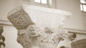 Λεπτομέρεια στηλών Antic σε ένα μουσείο, αρχιτεκτονικό υπόβαθρο Στοκ φωτογραφίες με δικαίωμα ελεύθερης χρήσης