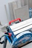 Λεπτομέρεια τεμνουσών μηχανών κεραμιδιών στοκ φωτογραφίες με δικαίωμα ελεύθερης χρήσης
