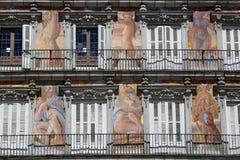 Λεπτομέρεια της ιστορικής πρόσοψης Casa de Λα Panaderia σπιτιών κατοικιών στη Μαδρίτη Στοκ φωτογραφία με δικαίωμα ελεύθερης χρήσης