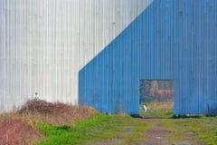 Λεπτομέρεια της ξύλινης κατασκευής του μνημείου ειρήνης στο νότιο μέρος της πράσινης λίμνης Γάνδη Bru Στοκ Φωτογραφία