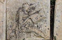 Λεπτομέρεια της παλαιάς ταφόπετρας Στοκ εικόνες με δικαίωμα ελεύθερης χρήσης