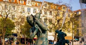 Λεπτομέρεια του αγάλματος στην πλατεία Restauradores στοκ εικόνες