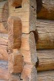 Λεπτομέρεια του παλαιού σπιτιού κούτσουρων Στοκ φωτογραφία με δικαίωμα ελεύθερης χρήσης