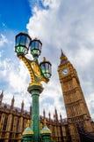 Λεπτομέρεια του πύργου ρολογιών Big Ben και του κτηρίου του Γουέστμινστερ Στοκ Φωτογραφίες