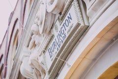 Λεπτομέρεια του σημαδιού του Μπέρλινγκτον Arcade στο κέντρο της πόλης του Λονδίνου Στοκ Εικόνες