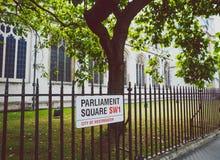 Λεπτομέρεια του τετραγώνου του Κοινοβουλίου στο κέντρο της πόλης του Λονδίνου Στοκ Φωτογραφία