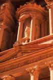 Λεπτομέρεια του Υπουργείου Οικονομικών στη Petra το αρχαίο Al Khazneh πόλεων μέσα Στοκ φωτογραφίες με δικαίωμα ελεύθερης χρήσης