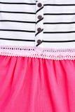 Λεπτομέρεια του φορέματος μωρών βαμβακιού Στοκ εικόνες με δικαίωμα ελεύθερης χρήσης
