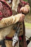 Λεπτομέρεια των προσκολλημένων στις παραδόσεις όπλων και των ενδυμάτων banderium Gyulaffy Laszlo σε Badacsony σε 09 Το Σεπτέμβριο στοκ εικόνες
