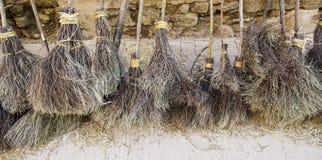 Λεπτομέρεια των σκουπών αποκριών σε αποκριές στοκ φωτογραφία με δικαίωμα ελεύθερης χρήσης