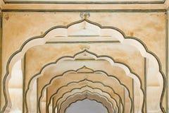 Λεπτομέρεια των indo-ισλαμικών αψίδων Στοκ Φωτογραφίες