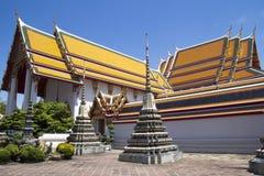 Λεπτομέρεια Stupas και στεγών, Wat Po Στοκ Φωτογραφία
