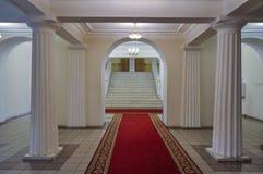 Λεπτομέρειες αρχιτεκτονικής της αίθουσας εισόδων στο εσωτερικό του Μουσείου Τέχνης Veliky Novgorod, Ρωσία στοκ φωτογραφίες