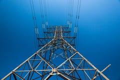 Λεπτομέρειες πύργων δομών χάλυβα ισχύος ηλεκτρικής ενέργειας     Στοκ εικόνες με δικαίωμα ελεύθερης χρήσης