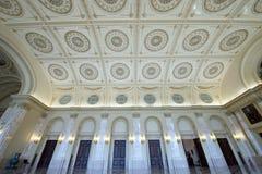 Λεπτομέρειες της κλασσικής αρχιτεκτονικής στο θρόνο δωμάτιο-Βουκουρέστι Ρουμανία Στοκ Εικόνα