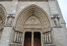 Λεπτομέρειες της Παναγίας των Παρισίων στοκ φωτογραφία με δικαίωμα ελεύθερης χρήσης