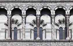 Λεπτομέρειες της πρόσοψης του SAN Martino Cathedral Lucca Στοκ Φωτογραφίες