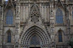 Λεπτομέρειες του γοτθικού καθεδρικού ναού της Βαρκελώνης, έδρα της αρχιεπισκοπής της Βαρκελώνης, στην Καταλωνία, Ισπανία στοκ εικόνες