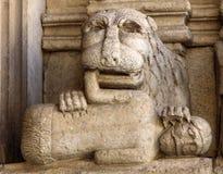 Λεπτομέρειες του καθεδρικού ναού δυτικού πύύ Αγίου Trophime σε Arles, Γαλλία Bouches-du-Ροδανός Στοκ εικόνες με δικαίωμα ελεύθερης χρήσης