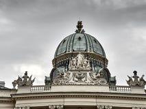 Λεπτομέρειες του παλατιού Hofburg στο κέντρο πόλεων της Βιέννης στοκ εικόνα