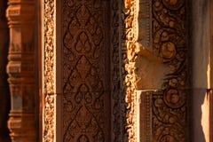 Λεπτομέρειες χάραξης στο ναό Banteay Srei Angkor Στοκ Εικόνες