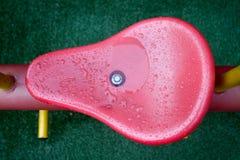 Λεπτομέρειες seesaw, kid's υπαίθριος εξοπλισμός παιχνιδιού Στοκ Φωτογραφία