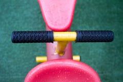 Λεπτομέρειες seesaw, kid's υπαίθριος εξοπλισμός παιχνιδιού Στοκ Εικόνες