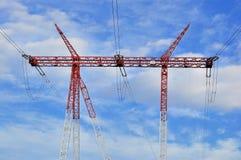 Λεπτομερής πόλος πύργων ηλεκτρικής ενέργειας υψηλής τάσης Στοκ φωτογραφίες με δικαίωμα ελεύθερης χρήσης