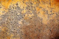 Λεπτομερής στενή επάνω επιφάνεια των ραγισμένων και ξεπερασμένων συμπαγών τοίχων στη υψηλή ανάλυση στοκ εικόνες με δικαίωμα ελεύθερης χρήσης