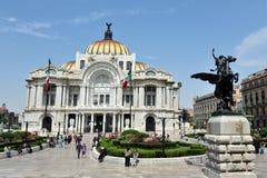 λεπτό παλάτι του Μεξικού τεχνών Στοκ Φωτογραφία