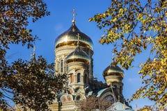 Λετονία Liepajas SV Ορθόδοξος καθεδρικός ναός του Nicholas του autum θάλασσας Στοκ φωτογραφία με δικαίωμα ελεύθερης χρήσης