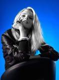 λευκή γυναίκα εδρών Στοκ εικόνες με δικαίωμα ελεύθερης χρήσης