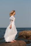 λευκή γυναίκα φορεμάτων Στοκ Εικόνα