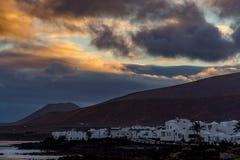 Λευκοί Οίκοι Arrieta, μικρό Lanzarote του του χωριού Βορρά νησί, s Στοκ Εικόνες